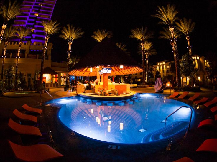 Harrah's Resort Southern California is home to a series of pools, including Dive Bar, the only swim-up pool bar in San Diego. Every Sunday, guests are invited to Dive Day Club, which is also open to the public. Enjoy music from world-renowned DJs, grab a drink and...