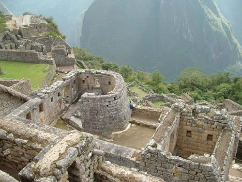 MACHU PICCHU (PERU) - The Lost City of the Incas