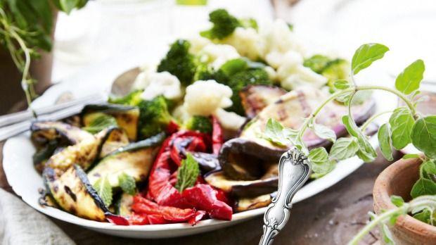 Vegetable salad with yoghurt tahini dressing