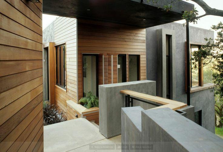 [E19] horizontal wood house trim, cool corner window