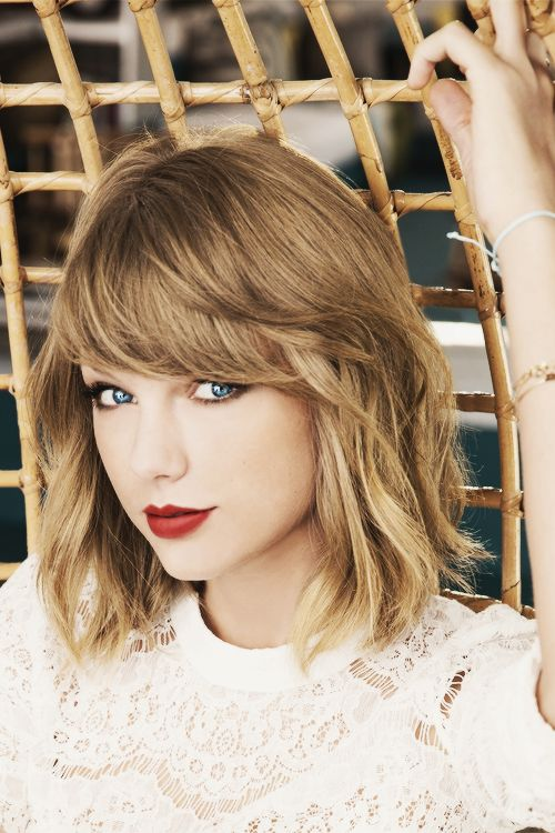 Taylor Swift                                                                                                                                                                                 Más