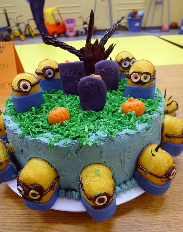 top 10 scary halloween cakes for cubscouts - Halloween Decorations Cakes