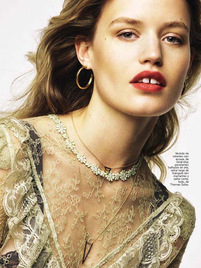 Джорджия Мэй Джаггер на обложке Glamour