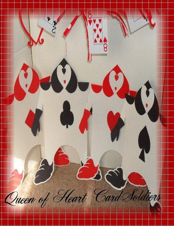 Alice In Wonderland Queen Of Hearts Card Soldiers Queen Of Hearts Card Heart Cards Hearts Playing Cards