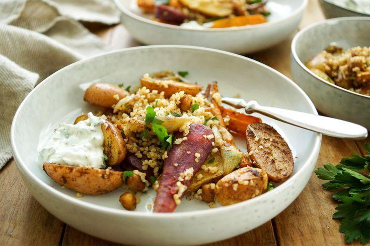 Direkt zum Rezept Marokkanisches Ofengemüse ist ein leckeres Gemüserezept. Denn wenn der Winter vor der Tür steht bin ich immer auf der Suche nach Gerichten mit viel Gemüse. Und wer glaubt, dass es…