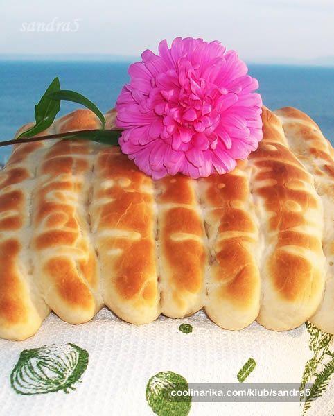"""""""Mamice, sto su to slancici iz pekare?"""": pitala je moja Tinica. Ona ih jako voli, morala sam ih pokusati sama napraviti. Predivno mekani i drugi dan. A kada se sjetim da nisam ni mislila pisati recept..........."""
