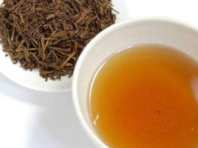 Te' bancha: una bevanda povera di teina ma ricca di vitamina A, calcio e ferro