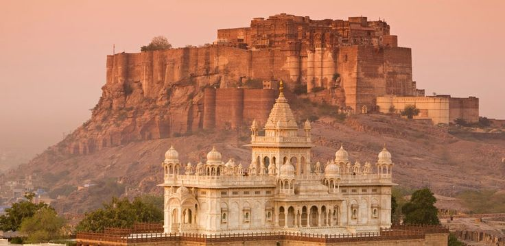 #Golden #Triangle Tour Package with Royal #Rajasthan best-selling tour package with covering beautiful destinations. Love India with Bhati Tours. More @ http://bhatitours.com/golden-triangle-tour-with-rajasthan