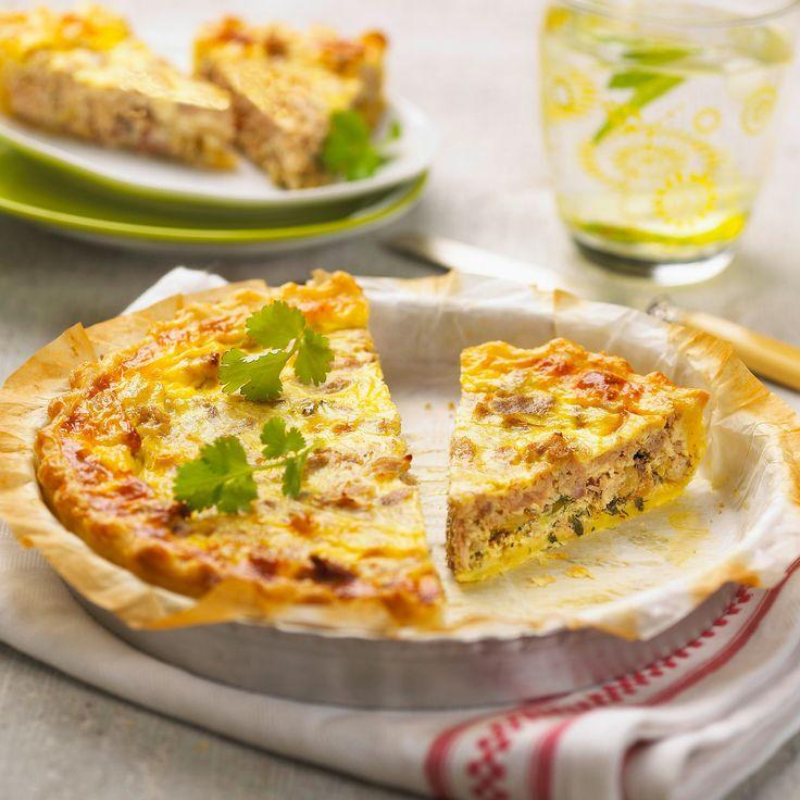 Découvrez la recette Quiche au thon sur cuisineactuelle.fr.