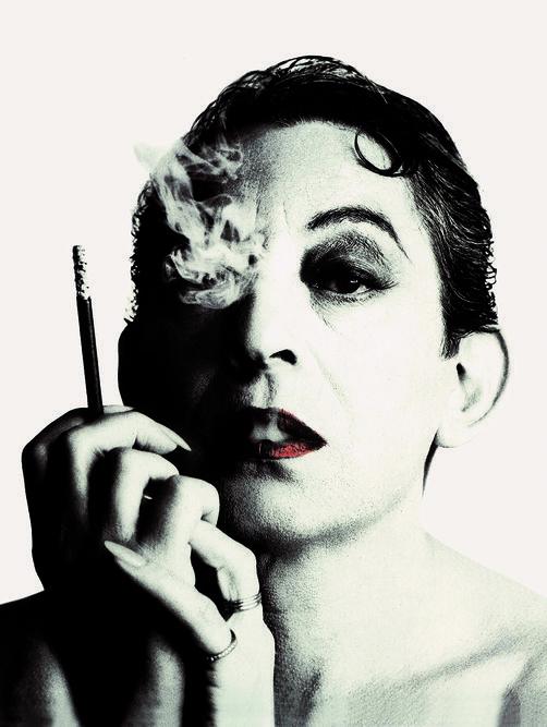 William Klein, Portrait de Serge Gainsbourg réalisé pour la couverture de son album Love on ...