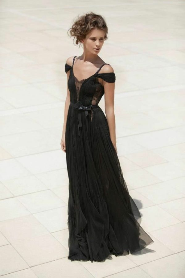 Kleider a form schwarz