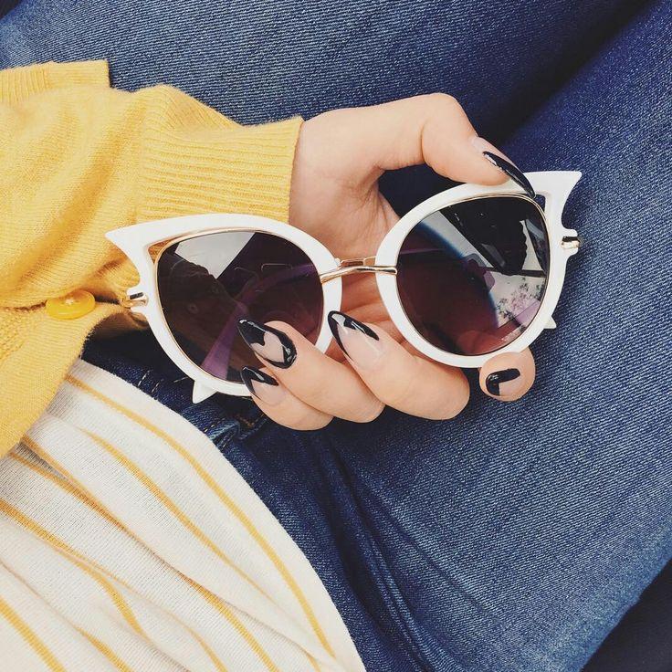 56a4da61791c7 155 best brillie images on Pinterest   Porta óculos de sol, Óculos e ...