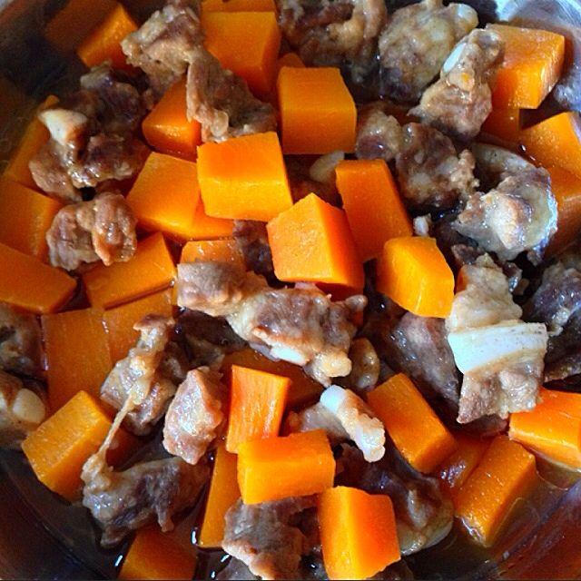 Steamed Pork Ribs with Pumpkin Recipe - coasterkitchen - Dayre