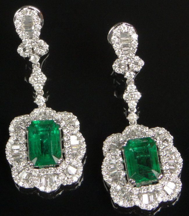Important Pair of Lady's Columbian Emerald and Diamond ear pendants