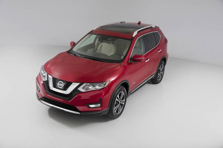 The long adored #Nissan Rogue is going Hybrid for 2017! We can't wait! http://www.thecarconnection.com/news/1106038_2017-nissan-rogue-picks-up-hybrid-model