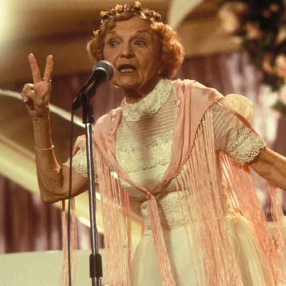 Ellen Albertini Dow La Grand Mere Qui Rap Dans The Wedding Singer Est Decedee