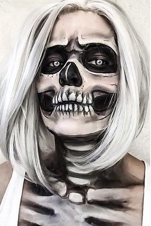 And this creeptastic skeleton babe. | 21 Halloween Transformations That'll Scare The Crap Out Of You