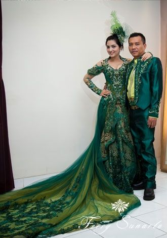 Mr. Anang Hermansyah and Mrs. Ashanty Hermansyah are in Ferry Sunarto #kebaya #anang #ashanty #wedding #kebaya #kebayamodern #indonesia #ferrysunarto #designer #designerindonesia #pernikahan #wedding