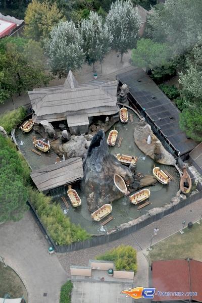 13/13 | Photo de l'attraction Raratonga située à Mirabilandia (Italie). Plus d'information sur notre site http://www.e-coasters.com !! Tous les meilleurs Parcs d'Attractions sur un seul site web !!
