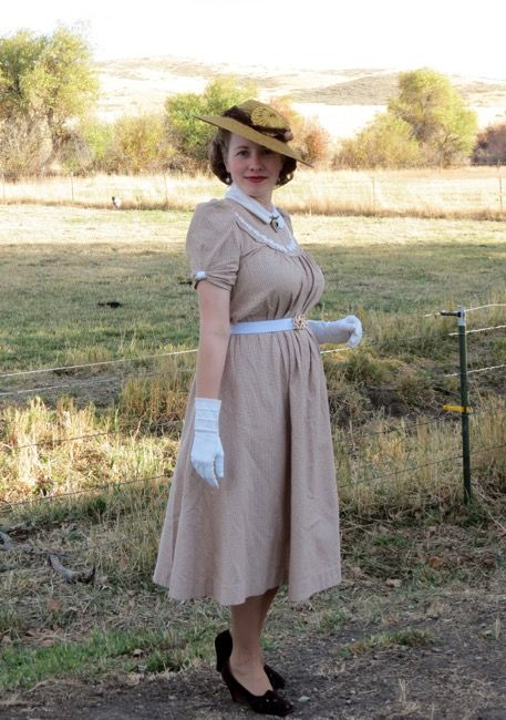 1930s waistless dress in caramel and white check.