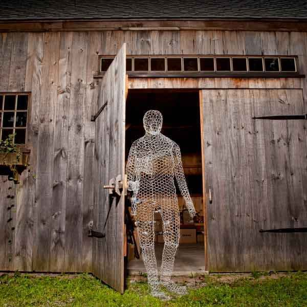 1 eerie chicken wire ghost - Halloween Ghost Decorations Outside