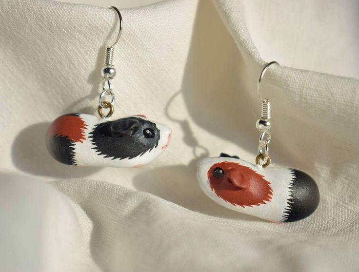 Guinea pigs earrings  #guineapig #bijouxfantaisie #pet #fashion #bijouxcreateur #mode #bijouxtendance #cute #style #meerschweinchen #bijoux #jewelry #love #jewels #天竺鼠 #handmade #豚鼠 #animal #girl #jewellery #bouclesdoreilles #animal