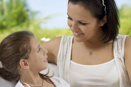 A veces los padres piensan que criar a un niño mentalmente fuerte es sobre la crianza sin emociones. Solo se trata de corregir el comportamiento.