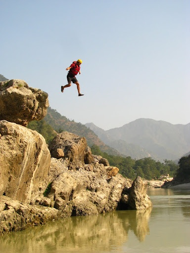 Cliff Jump into the Ganges - White Water Rafting Rishikesh !