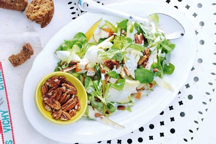 Witlofsalade met kip en peer - Recept - Allerhande