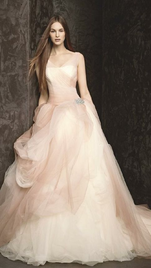 Who knew a little horse hair could look so beautiful.... Vera Wang