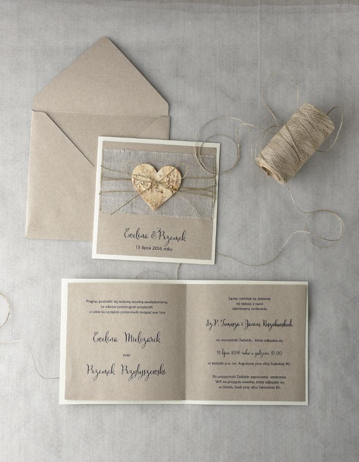 #decorisus #decoris #zaproszenia #slubnezaproszenia #zaproszenianaslub #rustykalnezaproszenia #rustykalnystyl #slub #wesele #papeteriaslubna #motywprzewodni #koronka #sznurek #eco #pannamloda #slubneinspiracje #weddingideas #weddinginvitations #rusticwedding #cards #bridetobe #wesele #rustykalnyslub #rustykalnystyl #rusticwedding #weddings #invitations #juta #sznurek #burlap