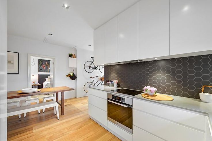 Kitchen / Dining : 5/119 Victoria Road, Hawthorn East