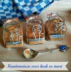 Lekkere kruidenmixen voor koek en taart die je makkelijk zelf kunt maken. Koekkruiden/speculaaskruiden, appeltaartkruiden en rommelkruid.