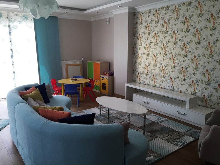 # oturma odası dekorasyonu #ortak yaşam alanı #Oval koltuk #TV ünitesi #şık #özel tasarım #sehpa modelleri #berjer #modern oturma odası dekorasyonu #ferah #renkli #rahat #çocuk oyun köşesi #alçıpan tavan modelleri #kartonpiyer #modern asma tavan modelleri #ışık bandı #avize modelleri