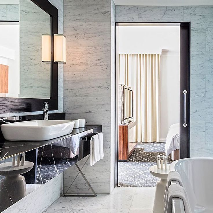 Bathroom envy! View of the ensuite for one of the executive suites at the Swissôtel Sydney (Australia). Another stunning project designed by [CHADA]. More pictures to come on our website. Photo © Hamilton Lund.