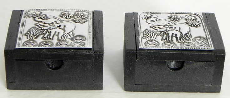 Set of Two Wooden Kumkum Containers (Wood))