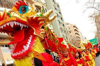De la serpiente al caballo: cómo viven el Año Nuevo dos #ricers chinos en Barcelona. http://riceworldwide.com/ano-nuevo-chino-en-barcelona/