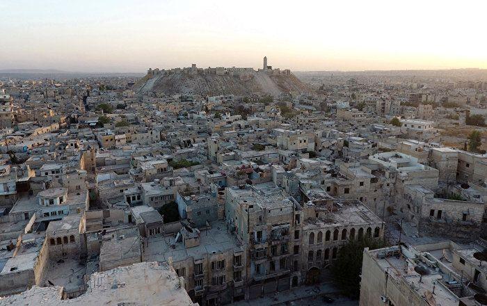 """Im britischen House of Commons (Unterhaus) sind die Pläne für die Einführung einer Flugverbotszone über Aleppo heftig diskutiert worden. Das Demonstrieren der Militärstärke in der Luft kann den westlichen Ländern als attraktiv erscheinen, doch in Syrien kann dieser Schritt gefährliche Folgen haben, meint """"The Guardian""""-Kolumnist Jonathan Steele."""