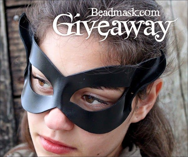 Halloween Costume #Giveaway! Enter to win black cat mask from @beadmask by 11:59pm EST on October 25, 2014.