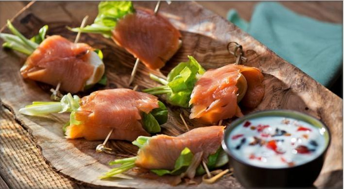 Roll Smoked Salmon with Yogurt  Refined, elegant, a dish truly fit for a king! Read more at http://www.myrecipemagic.com/recipe/recipedetail/roll-smoked-salmon-with-yogurt#ZFZHmC1UDgiHAkSr.99