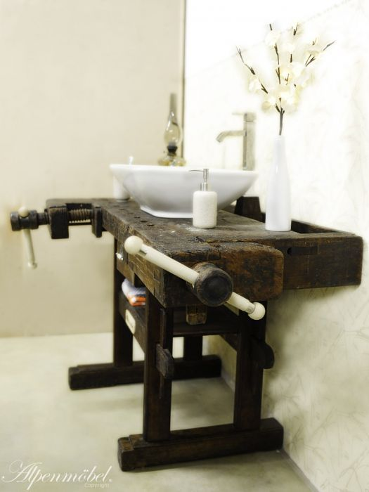 Joiner's bench/ Planing bench/ Shopboard as a Washbasin