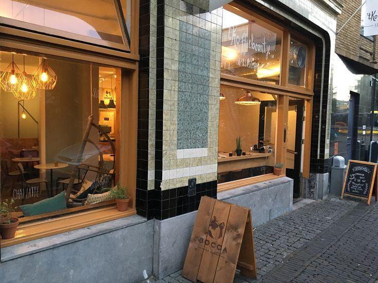 T Koffieboontje Espresso Aan De Oudegracht Utrecht