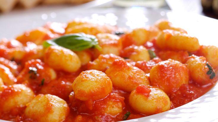 Une recette de gnocchis à la courge musquée présentée sur Zeste et Zeste.tv.