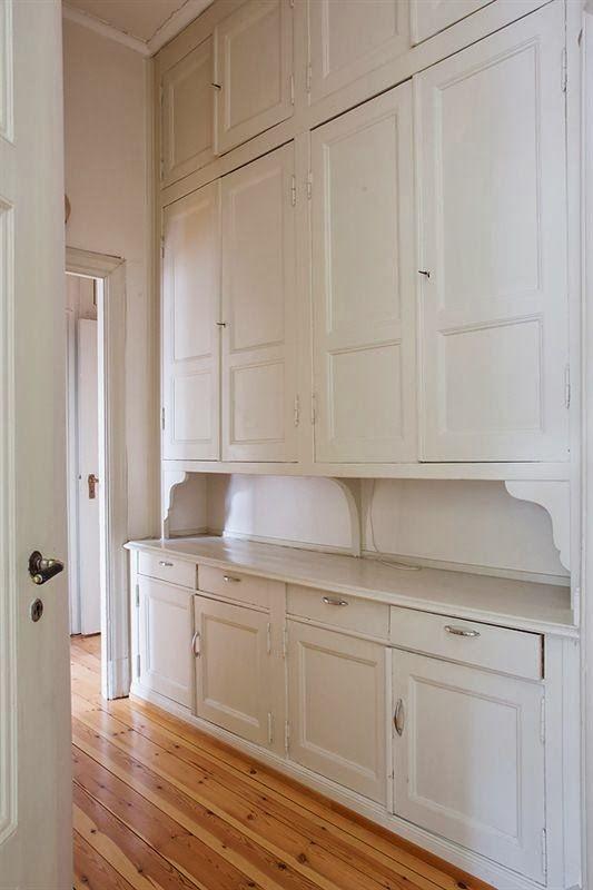 butler's pantry...seventeen doors