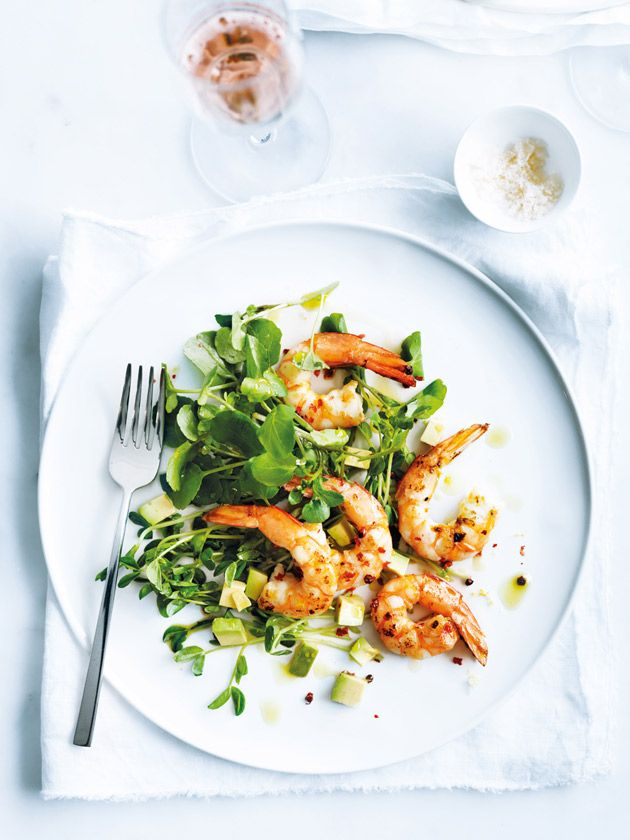 prawn, pink peppercorn and avocado salad
