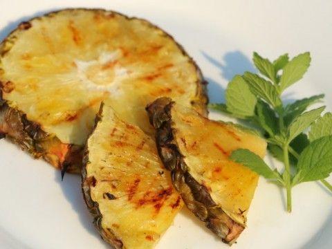 BLW Rezept für gegrillte Ananas, geeignet für Babys ab 6 Monate