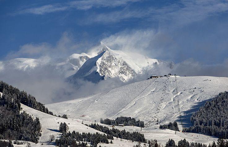 Vue du Mont-Blanc depuis Megève. Photographe: Steeves Ambill