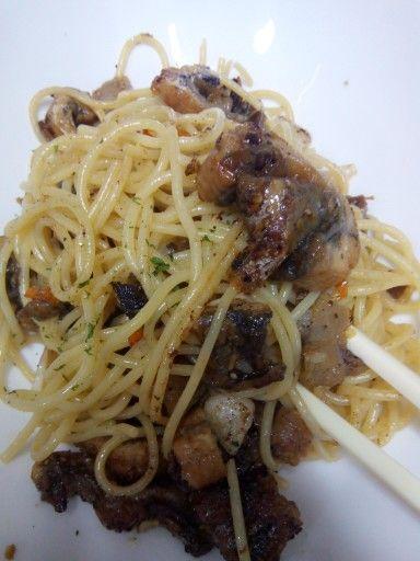 Soute Garlic chilli and Unagi with With Spagetty Pasta, Sooo Yummi..