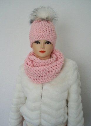 Kupuj mé předměty na #vinted http://www.vinted.cz/doplnky/zimni-cepice/14558494-cepice-a-nakrcnik