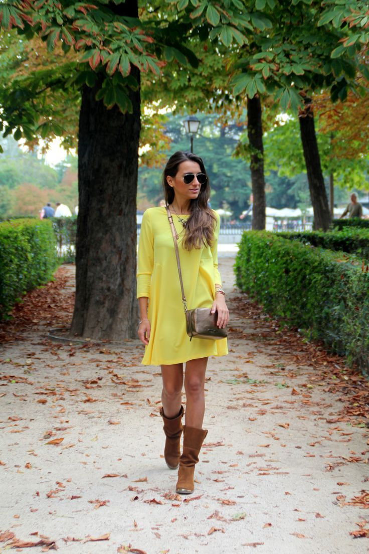 New post!! #fashion #fashionblog #blogger #moda #trendy #look #lotd #outfit #ootd #girl #itgirl #dress #zara #madrid #casual #casualchic #lifestyle